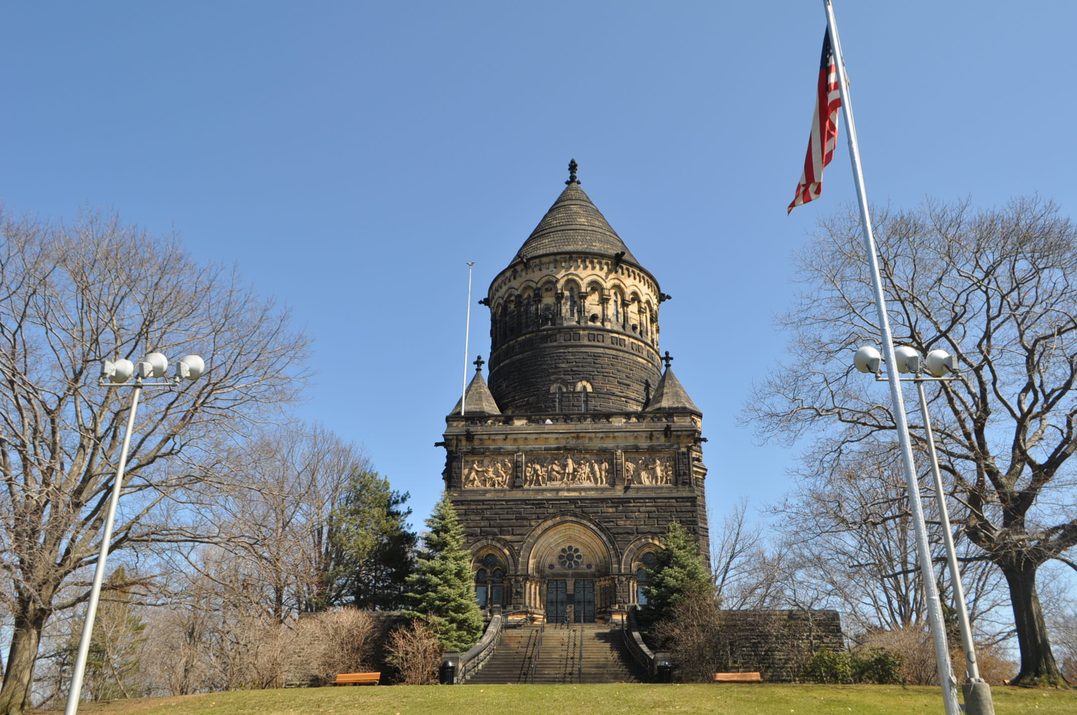 President Garfield's Monument paranormal