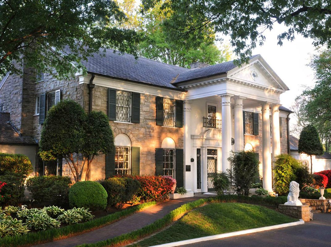 Graceland is located in Memphis, Tennessee, about 10 miles south of the downtown area. It sits along Elvis Presley Boulevard, a section of U.S. Highway 51S which was renamed in 1971 in honor of Presley's residence there.