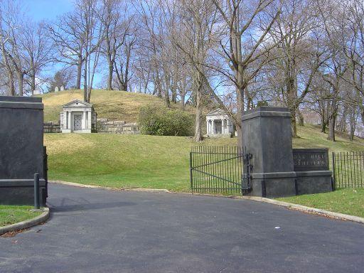Oak Hill Cemetery - Youngstown