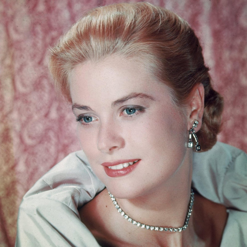 Monaco's Princess Stephanie is convinced the ghost of her dead mother, tragic movie star Princess Grace, has helped her through her showbiz career -- and even wrote a song from the spirit world.