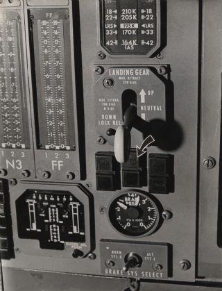 Lockheed L-1011 Landing Gear Lever