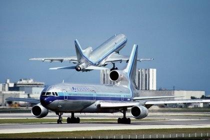 Ghosts of Flight 401 - 2