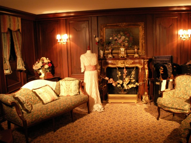 During the Titanic exhibit's 2008 stay at the Georgia Aquarium, a team from Roswell Georgia Paranormal Investigations captured voices on a digital voice recorder and reported the presence of a young crew member, an elderly woman and an older gentleman in various areas of the exhibit.