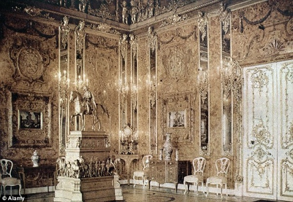 The story of the Amber Room