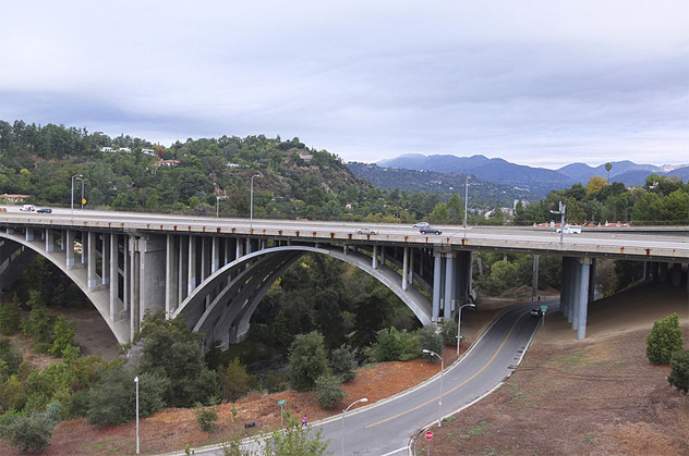 The paranormal story behind Pasadena's Colorado Street Bridge.